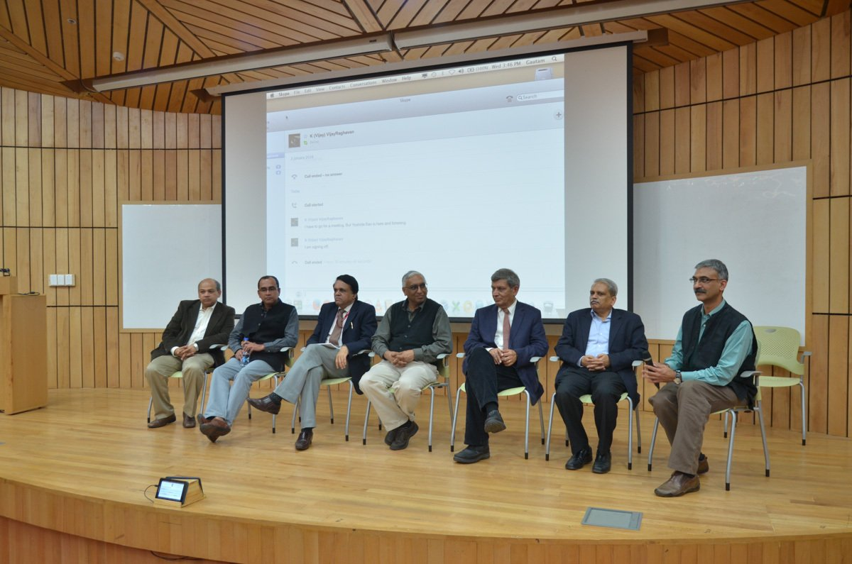 Panel discussion with the scientific coordinators of the program