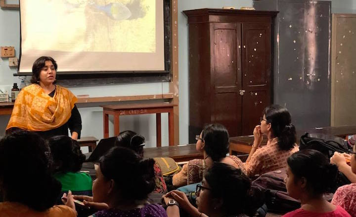Manjari teaching animal behaviour to undergraduates at Maulana Azad College, Kolkata.